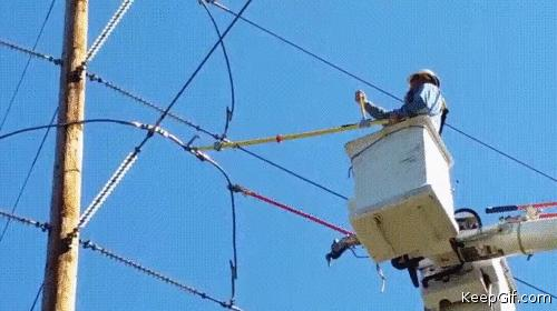 An electrician cutting a high-voltage line 😲