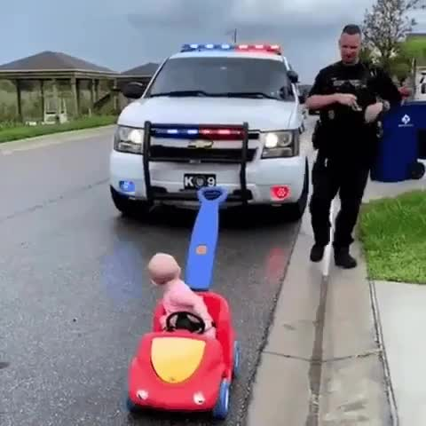 ⁣Baby stopped for speeding