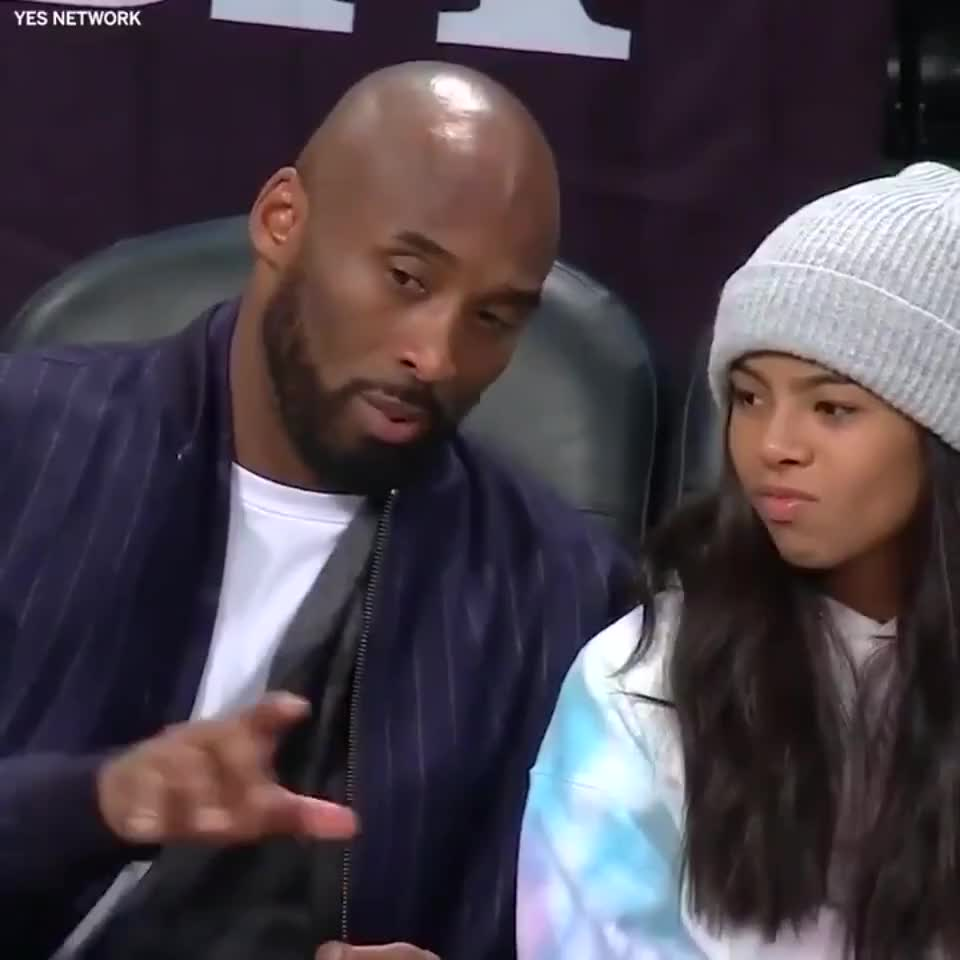 ⁣Kobe explaining the game to his daughter